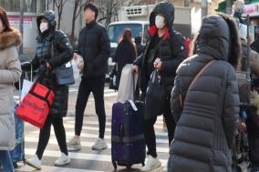 """방역당국 """"사흘째 코로나19 환자 없지만 '지역·병원 감염' 차단 주력"""""""